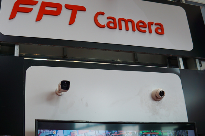 thiet-bi-ihome-fpt-camera